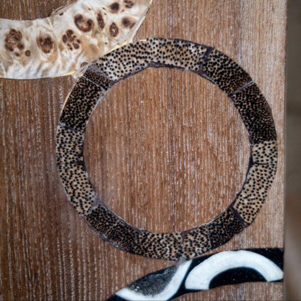 Détail motif cercle - incrustation palmier