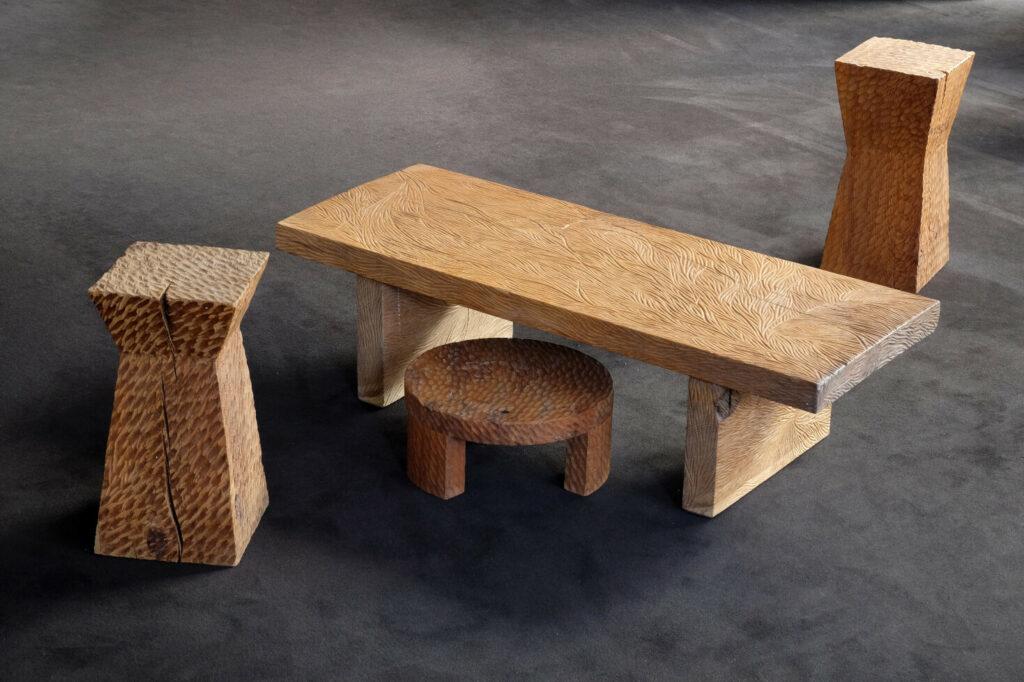Meuble design et origninal en série limitée. Table sur mesure. Décoration originale.